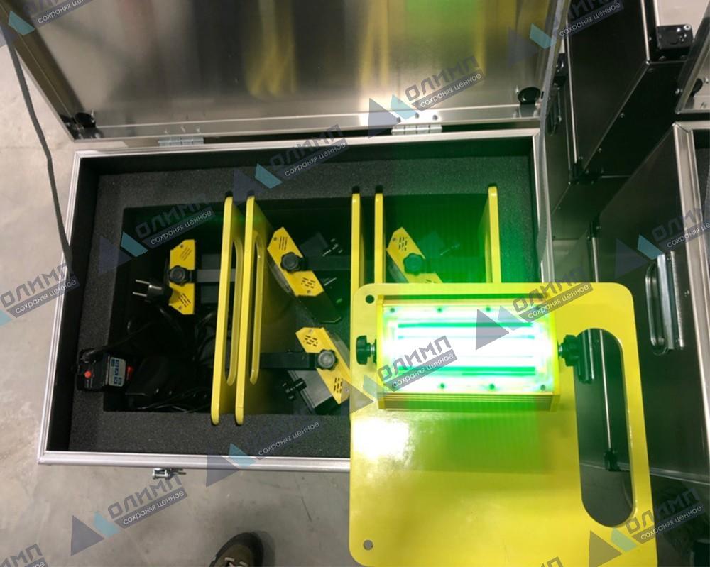https://xn--h1aaf2d3a.xn--p1ai/images/upload/алюминиевые-ящики-570х370х370-мм-для-зарядки-осветительных-приборов-на-вертолётной-площадке._141.jpg