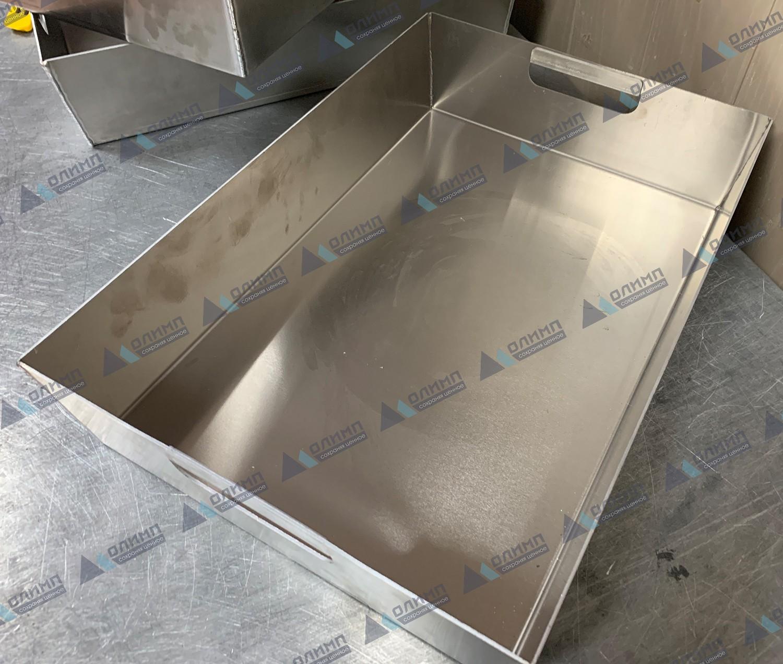 https://xn--h1aaf2d3a.xn--p1ai/images/upload/лотки-алюминиевые-530х365х110-мм.-изготовление-алюминиевых-лотков-на-заказ..jpg