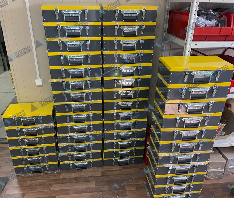 https://xn--h1aaf2d3a.xn--p1ai/images/upload/металлические-ящики-400х200х100-мм-для-сувенирной-продукции._35.jpg
